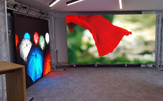 samsung led showroom paris sidev2